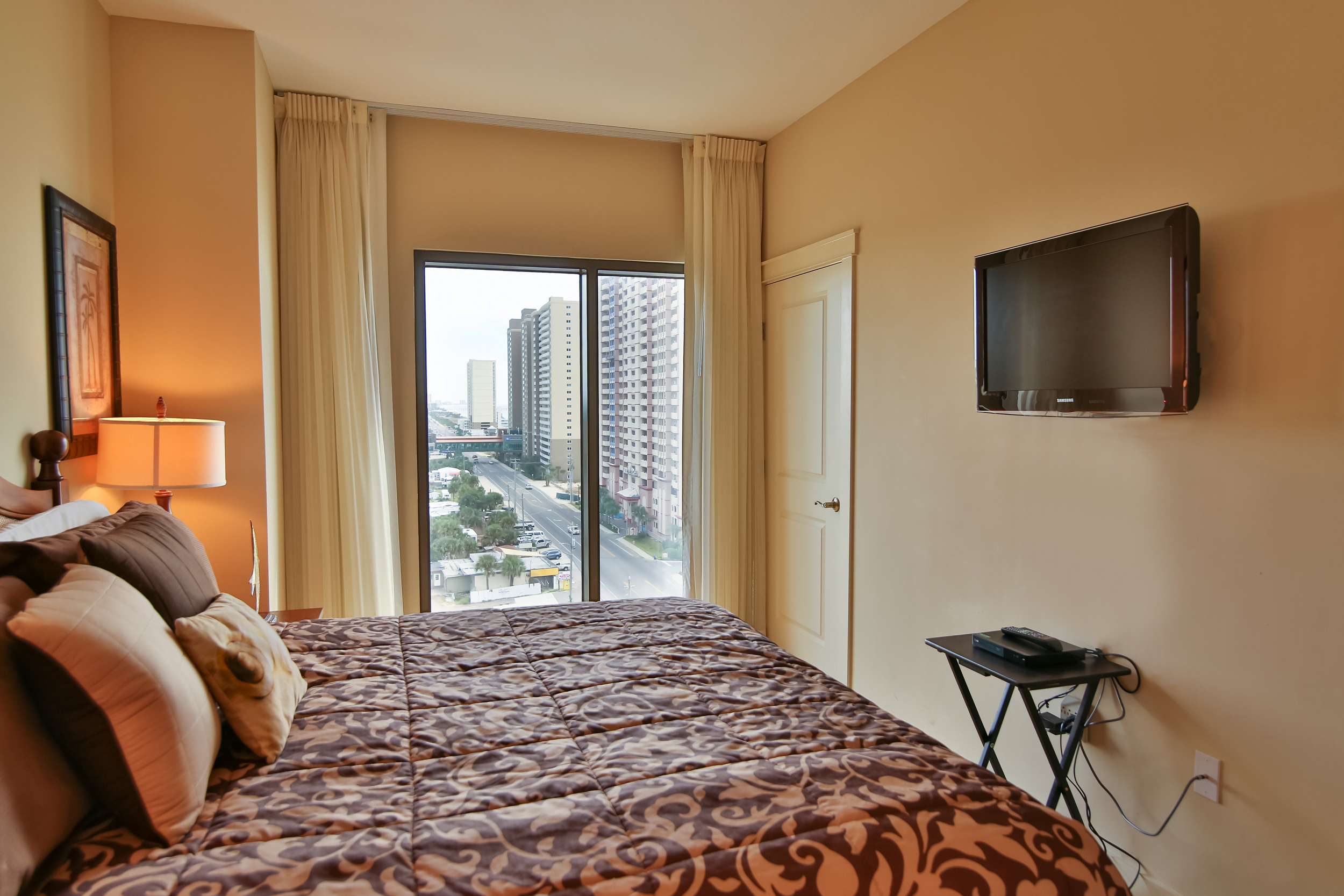Rare 3 Bedroom Lockout Unit Life 39 S A Beach Real Estate