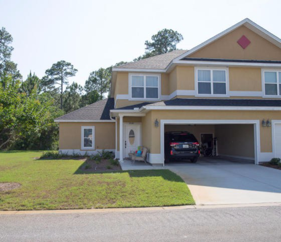 Annabella 39 s townhome 4 bedroom panama city beach homes for Houses with inlaw suites for sale near me